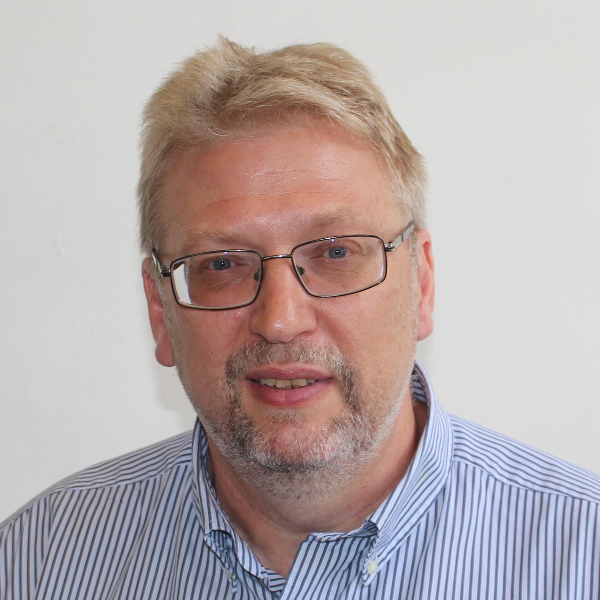 Professor Andrei Kotousov